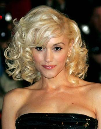 Platin saçla özdeşleşen Gwen Stefani